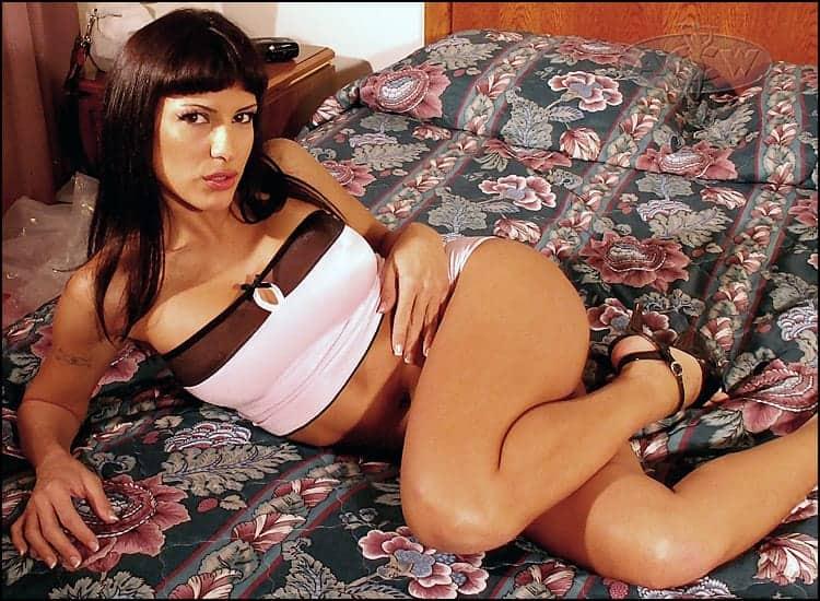 Rosario Delgado - www.apartmentwrestlers.com