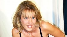 Diane Hunter - apartmentwrestlers.com
