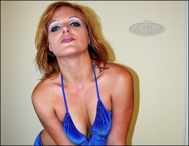 Kiana Price - www.apartmentwrestlers.com