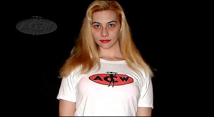 Kristy Broussard - www.apartmentwrestlers.com