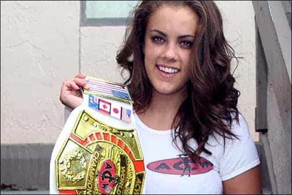 Katie Cummings - ACW Champion - www.apartmentwrestlers.com